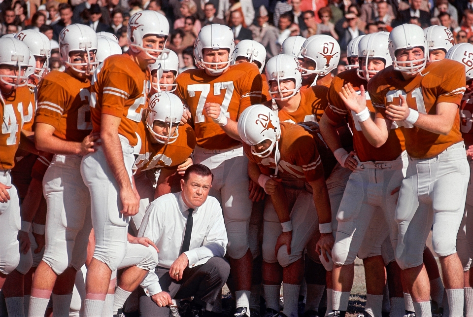 Texas vs Navy, Coach RoyalKneeling on Sidelines