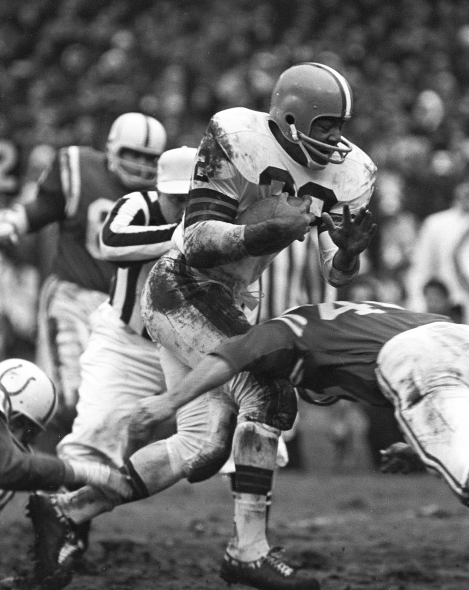 Jim Brown Browns Jim Brown Running The Ball