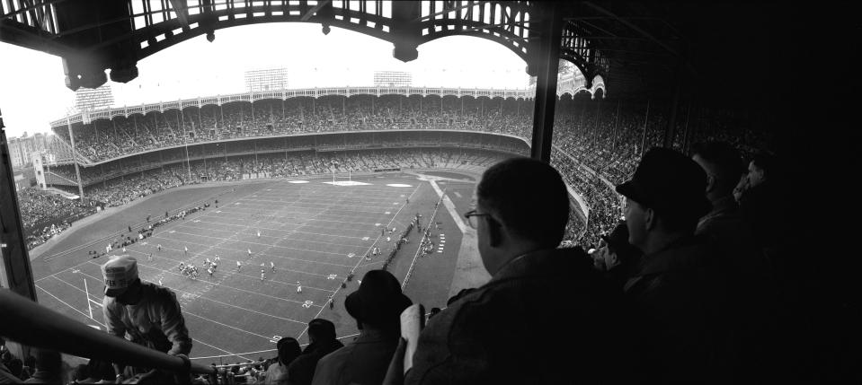 Giants Football, Yankee Stadium