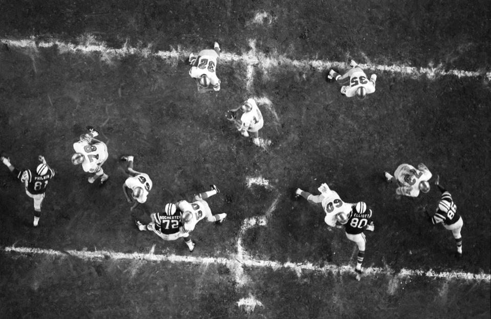 Overhead of Jets vs Oilers