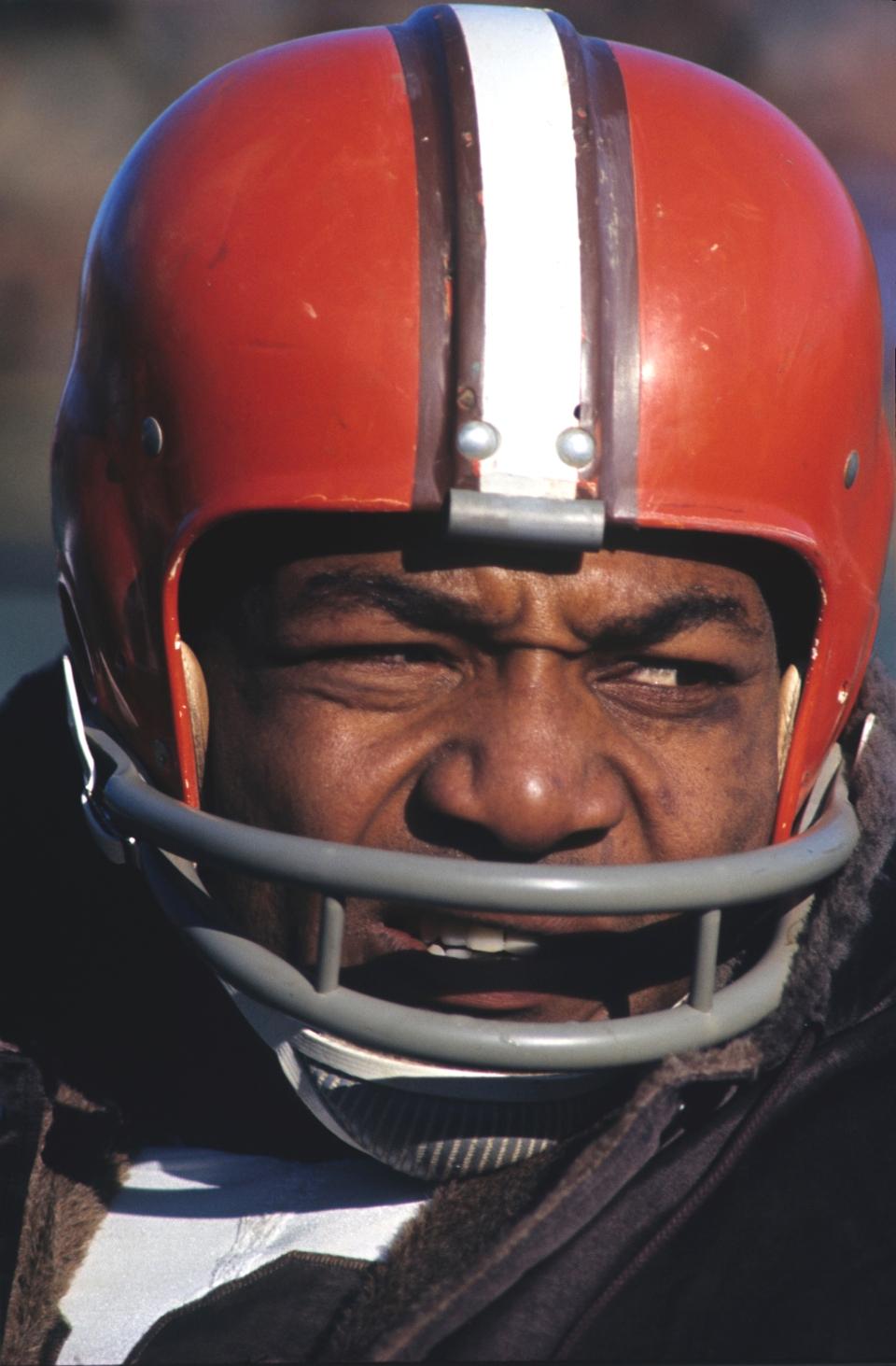 Jim Brown, Close-up